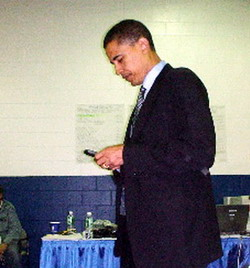 obama-with-blackberry__1